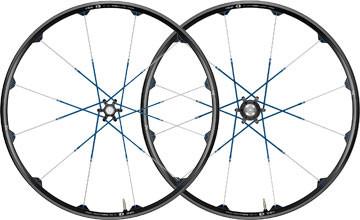 CRANKBROTHERS 2013 Paire de roues Cobalt 3 Disc 6 trous Axe (9x100mm / 9x135mm) Noir/Bleu
