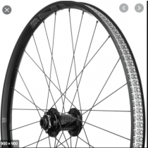 E*THIRTEEN  Roue AVANT TRS 27.5'' (30mm) Disc 6-Bolts BOOST (15x110mm) Black (00.18157.00.08 FO)