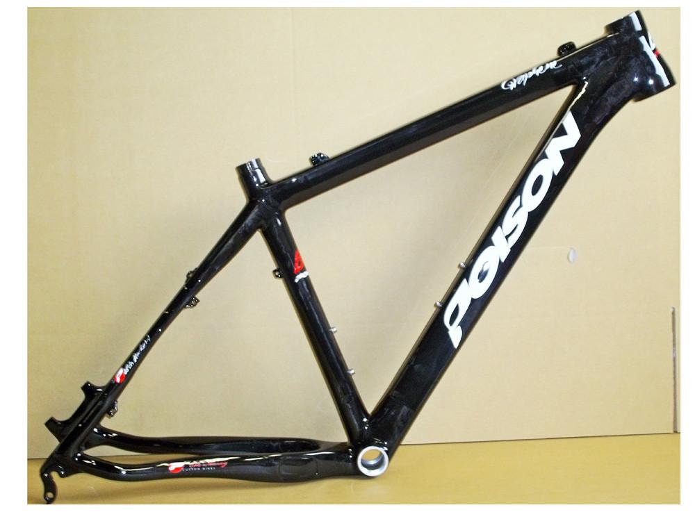 """POISON 2013 Frame 26"""" Carbon Graphene Black Size 19"""