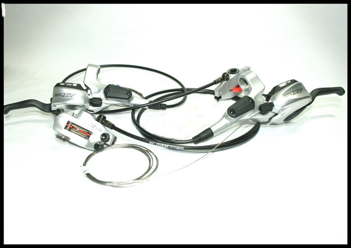 SHIMANO Dual Control XT-M765 Shifters 9sp + Disc Brakes 160/160 IS-PM Silver (FRONT+REAR)