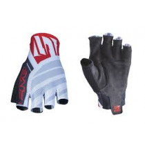FIVE Pairs Gloves RC2  White/Red Size M (C0618030209)